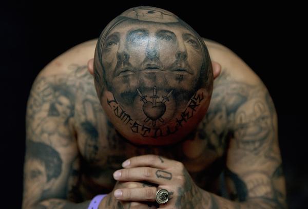 Tatuajes pueden ser impedimento para que inmigrantes legalicen su estancia en EU