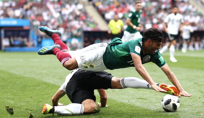 """El """"Cielito Lindo"""" suena en Moscú, y México hace historia: derrota a Alemania con un gol de Lozano"""