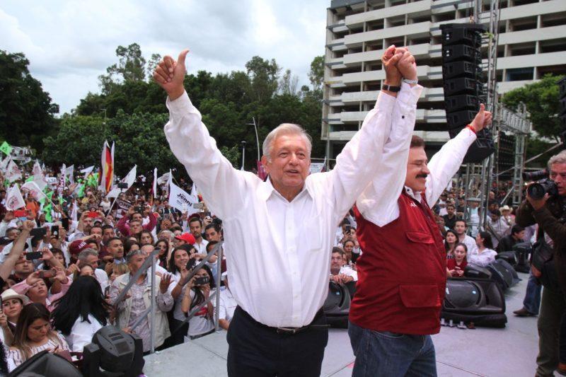AMLO en su multitudinario cierre de campaña en Jalisco: si es presidente, pondrá freno a fraudes electorales y dará marcha atrás a decretos privatizadores del agua