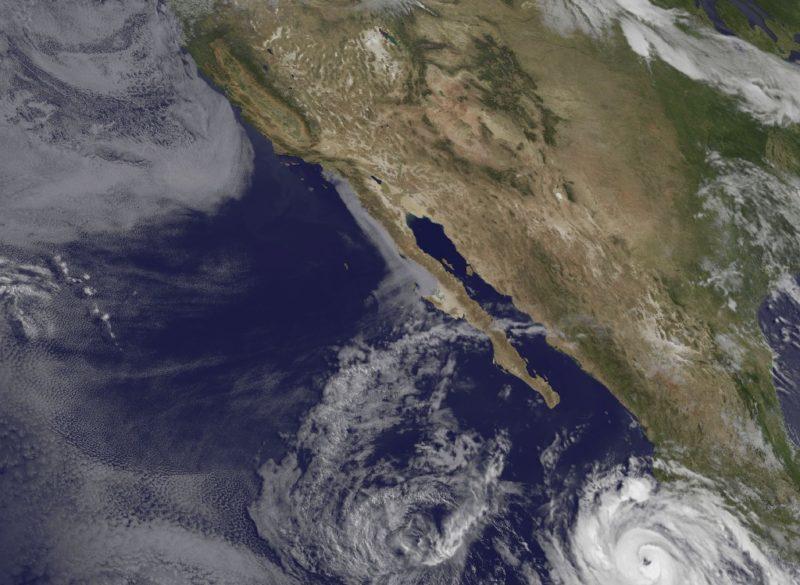 Video: Tormenta tropical 'Bud' llegará esta noche a BC con tormentas muy fuertes