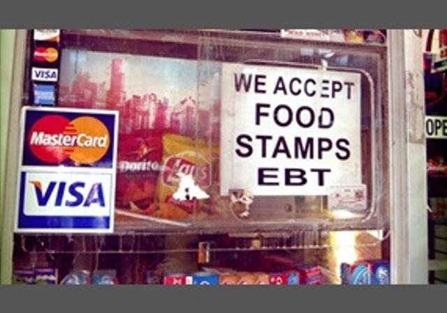 Suspenden temporalmente el sistema de las tarjetas de ayuda alimentaria EBT