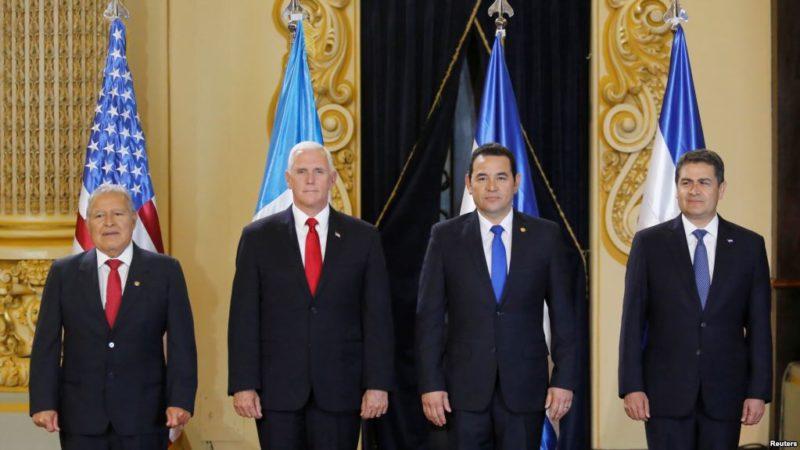 El vicepresidente de EU urge a gobiernos centroamericanos a contener la migración indocumentada
