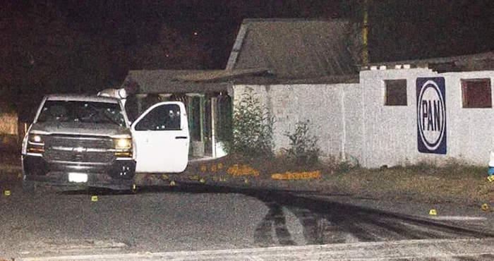 11 asesinados en ataques a bares de Nuevo León; y en Nuevo Laredo matan a director del penal
