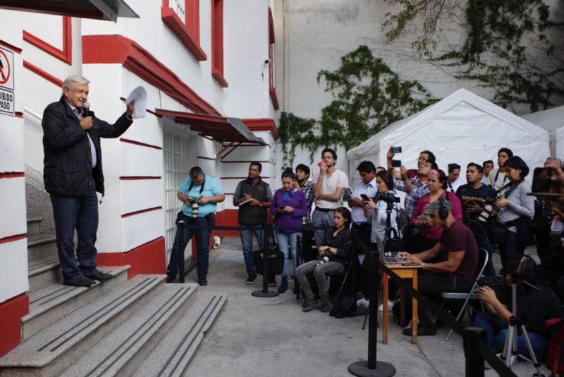 Videos: Hacienda, INE y CNB filtraron documentos para consumar infamia: AMLO