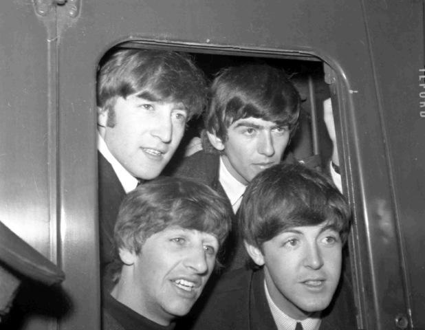 Publican canciones de los Beatles en libro infantil