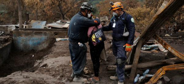 Sube a 332 la cifra de desaparecidos por erupción en Guatemala; ONG reporta que son casi 3 mil