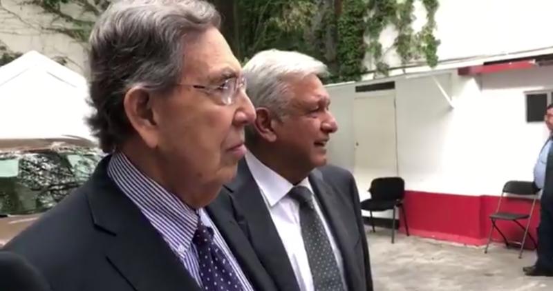 Dos iconos de la izquierda en México, el virtual Presidente López Obrador y Cuauhtémoc Cárdenas, en la foto juntos