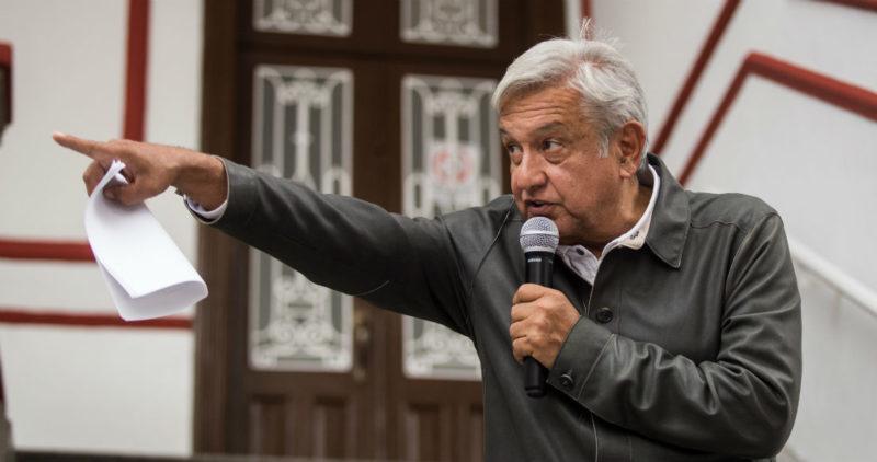 """AMLO: """"La multa contra Morena es una vil venganza. No somos corruptos. Acudiremos a tribunales"""""""