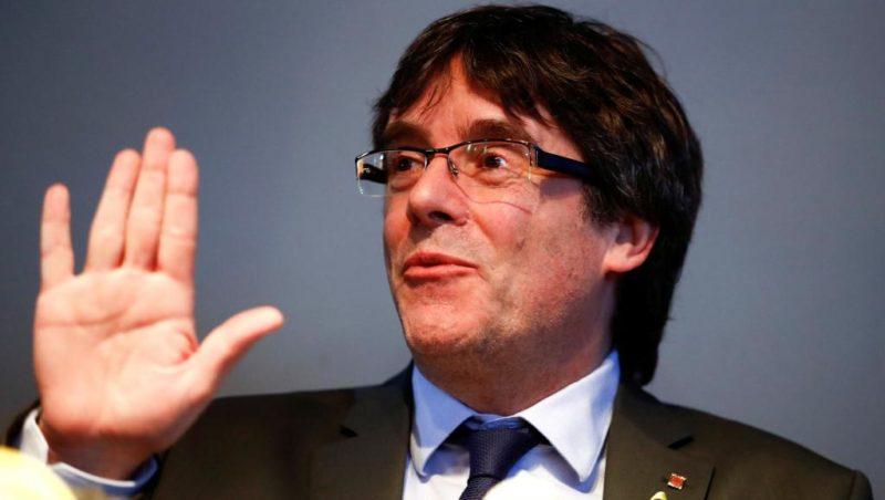 Juez retira orden de arresto contra Puigdemont y líderes catalanes
