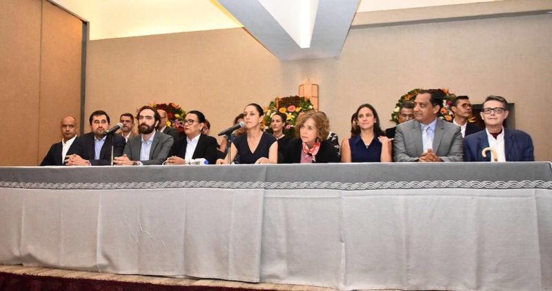 Sheinbaum crea Secretaría de la Mujer en la Ciudad de México, y fusiona cuatro en las de Educación y Trabajo