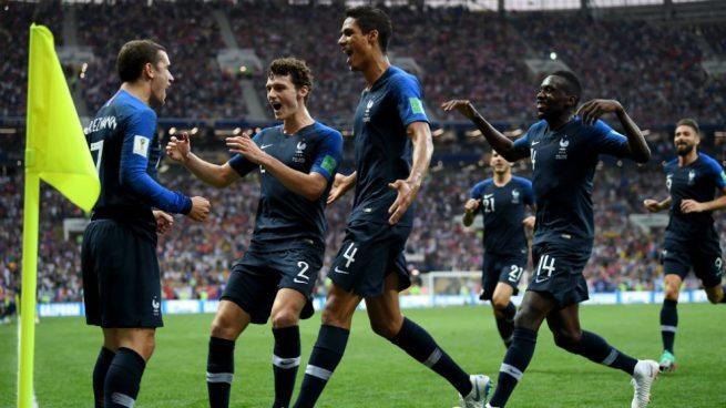 París estalla en júbilo por el el campeonato mundial de futbol