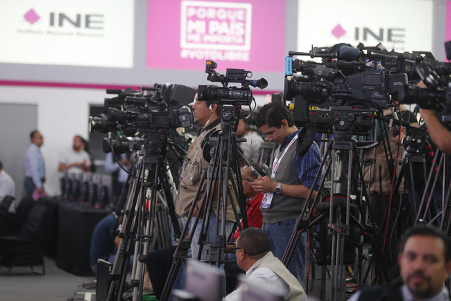 Condenan violencia los representantes de partidos ante el INE