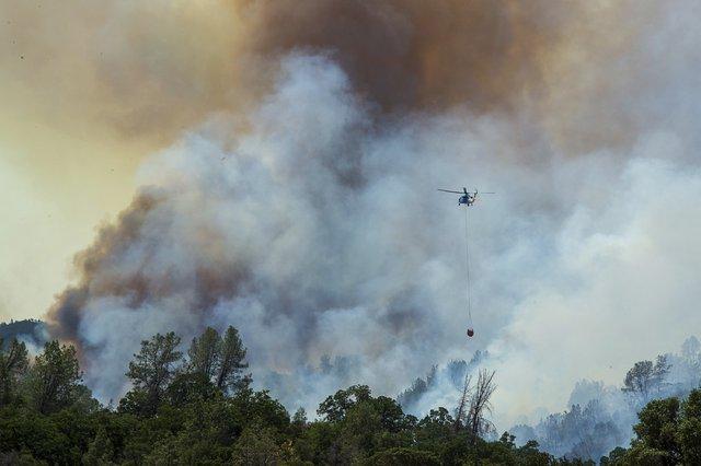 En California, más de nueve mil hectáreas son arrasadas por el fuego