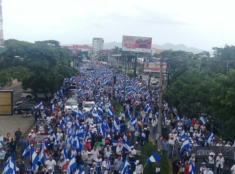 Marchan miles en Managua contra Daniel Ortega