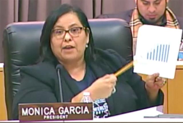 """Mónica García, reelecta como presidenta de la Junta Educativa del distrito escolar. Destaca que impulsará una reestructuración para ajustarse a la """"difícil situación financiera"""""""