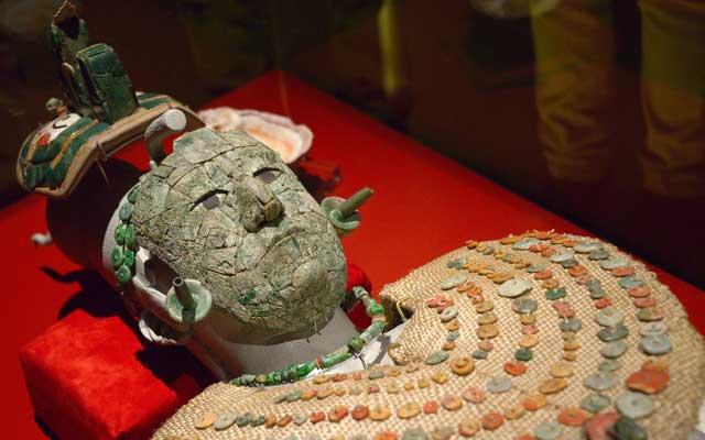 El ajuar de la Reina Roja de Palenque llega al Museo del Templo Mayor de la capital mexicana