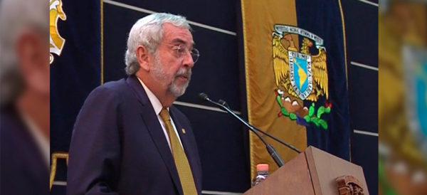 """En el 68, oficialismo calificó como """"necesario"""" el bazucazo del Ejército: Rector de la UNAM"""