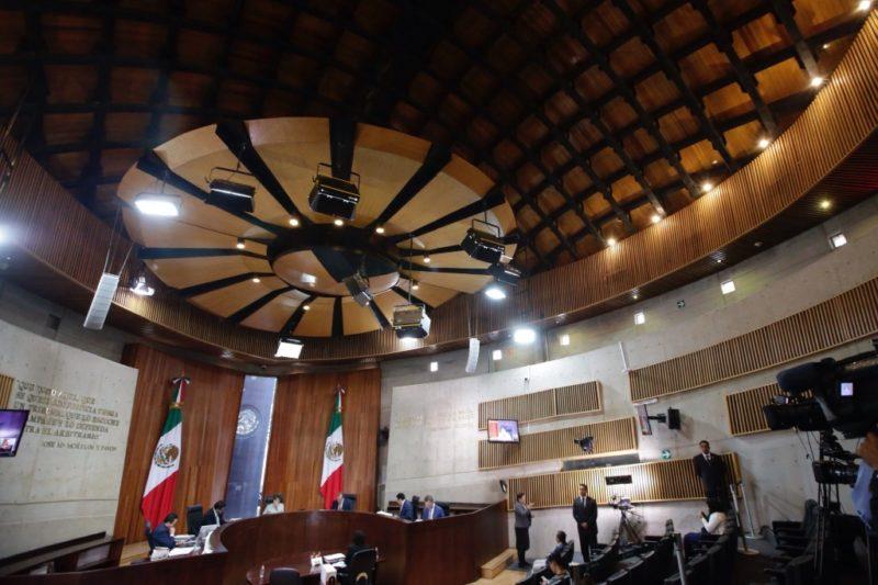 Ordena Tribunal Electoral a Telcel y AT&T entregar información de llamadas contra AMLO