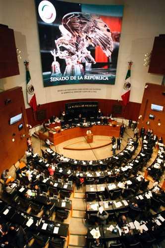 Dispendio por asesores rebasa los mil millones de pesos en el Senado
