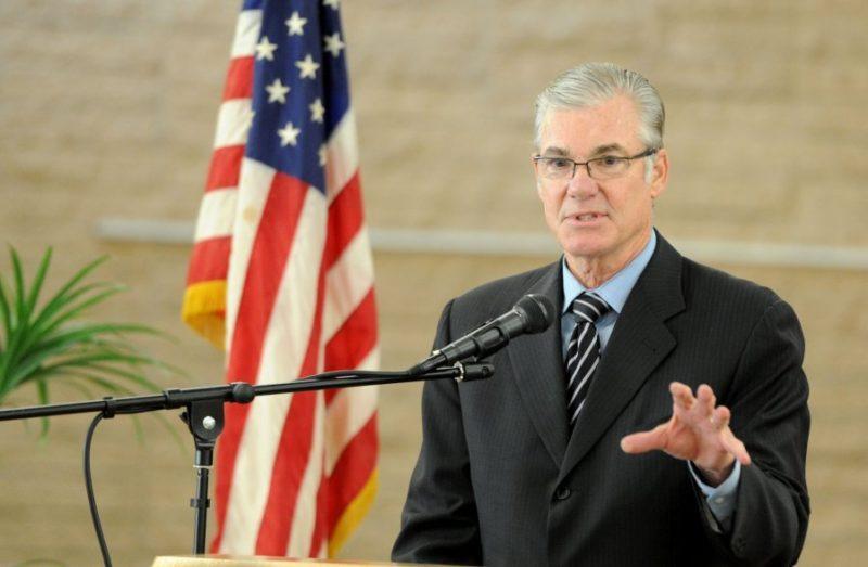 Tasa de graduación en las chárter de California, del 82% y de las no autónomas, 91.5%, revela el Superintendente de Instrucción Pública del Estado, Tom Torlakson