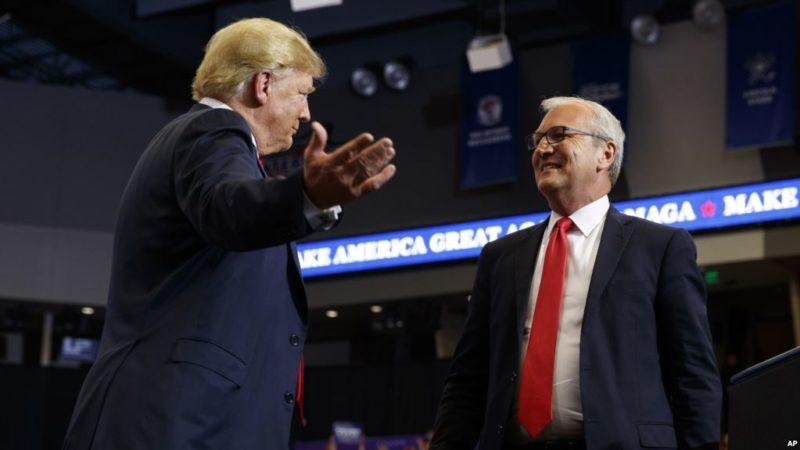 Fractura entre la poderosa red conservadora de los multimillonarios hermanos Koch y Trump