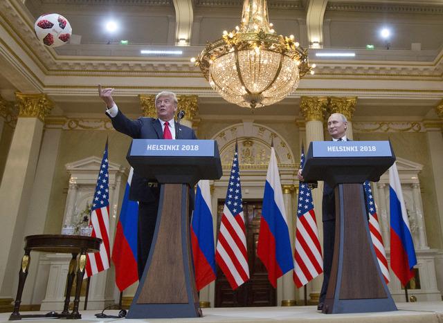 Trump intenta rectificar declaraciones sobre Rusia; le llueven críticas