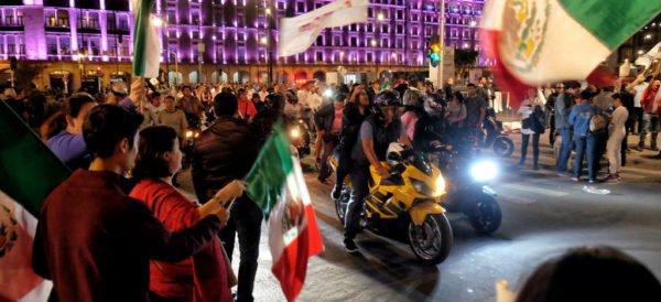 AMLO anuncia una reunión con Peña Nieto el martes próximo en Palacio Nacional