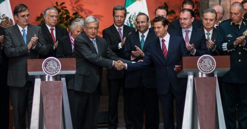 Gordillo no es perseguida política: Peña Nieto. Si ella es declarada inocente, libre, se tiene que respetar su derecho de participación: AMLO