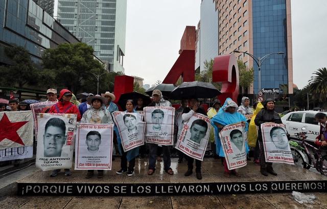 Miente Peña Nieto: no hay evidencias que los 43 hayan sido incinerados en el basurero de Cocula: Equipo Argentino de Antropología Forense