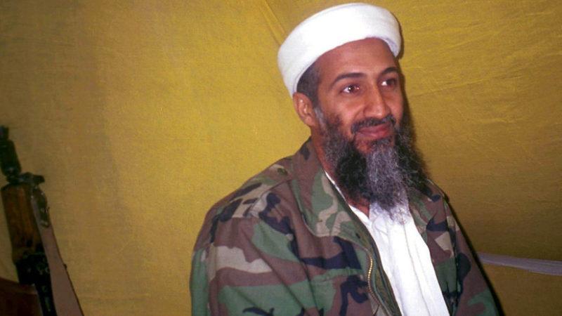 """""""Fue un niño bueno hasta que en la universidad le lavaron el cerebro"""": Habla la madre de Osama Bin Laden"""