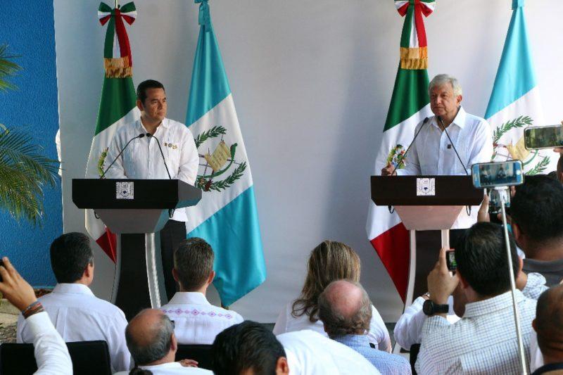 AMLO al presidente de Guatemala: no será militarizada la frontera sur mexicana