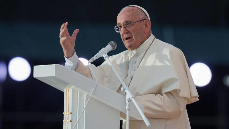 """El Vaticano expresa """"vergüenza y dolor"""" por abusos sexuales en Pensilvania"""