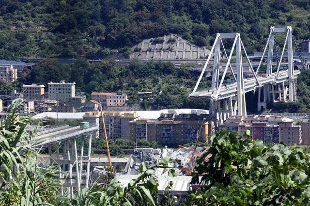 Por el desplome del puente en Génova: 42 muertos y estado de emergencia
