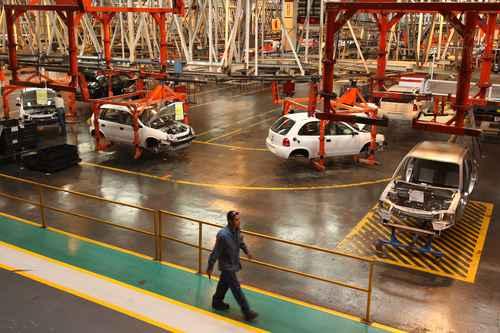 Ningún acuerdo con EU en sector automotriz, precisa México