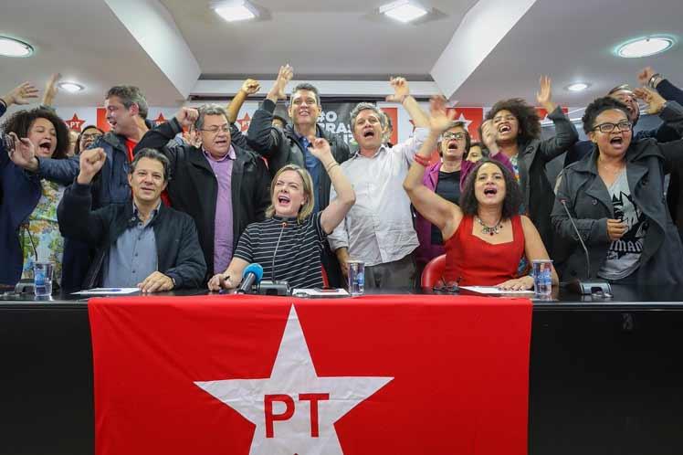 Amplían la coalición de izquierda de Brasil. Si Lula es impedido de ser candidato presidencial, sería sustituido por Fernando Haddad