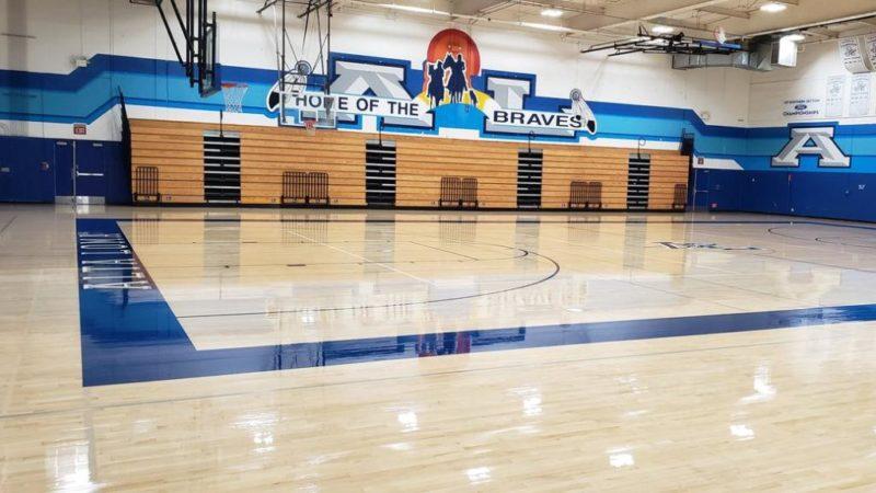 Un misterio 4 suicidios de estudiantes en 14 días en Rancho Cucamonga. Policía advierte a padres sobre riesgos en redes sociales