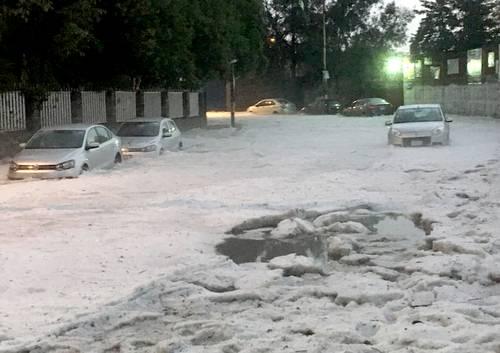 Caos por inundaciones en la Ciudad de México. Alerta roja por la superlluvia
