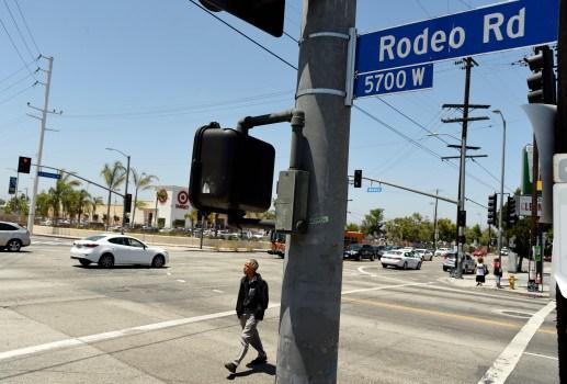 El nombre de la calle Rodeo Road será cambiado por el de Obama Boulevard, en Los Angeles