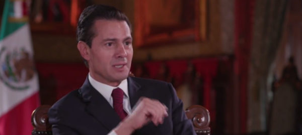 Videos: Reconoce Peña Nieto, dos veces, compra conjunta de la Casa Blanca
