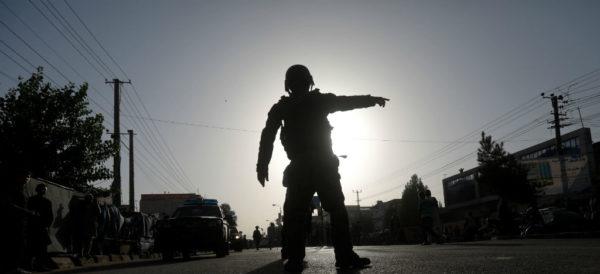 """48 muertos por ataque a escuela de Kabul, """"que lleva sello de terrorismo"""""""