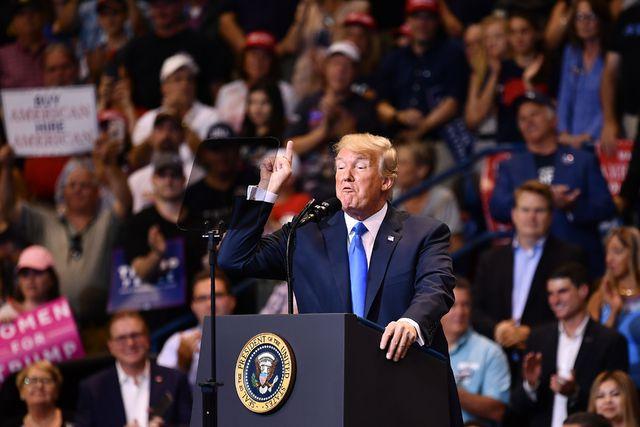 Inmunidad a director financiero de Trump. Aportó información sobre la ola de financiamientos ilegales del magnate