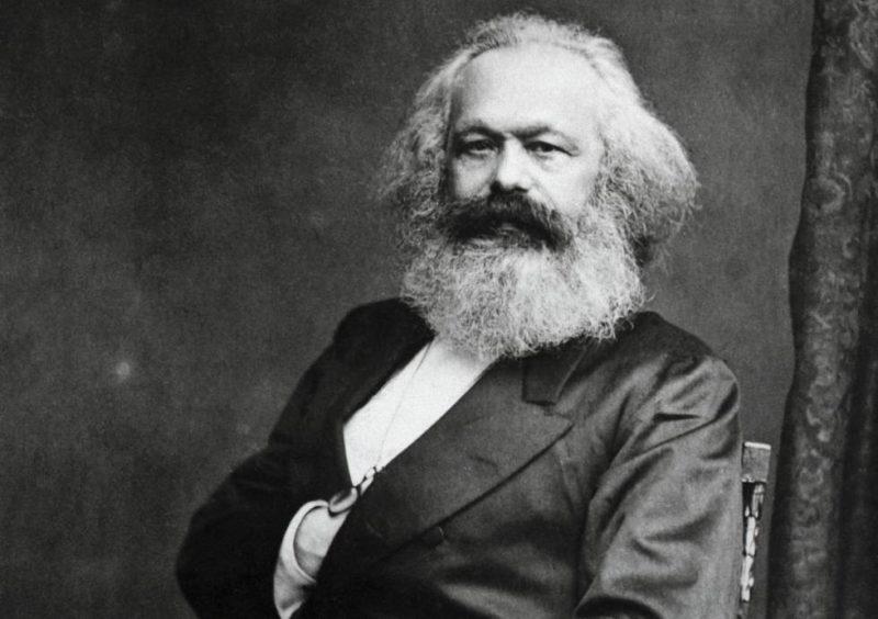 Presentan edición actualizada de 'Las metáforas teológicas de Marx'