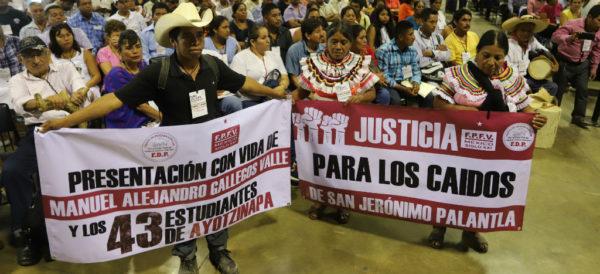 """Video: Comisión de la Verdad para Ayotzinapa será """"el punto de partida"""" para resolver otros casos: Encinas"""
