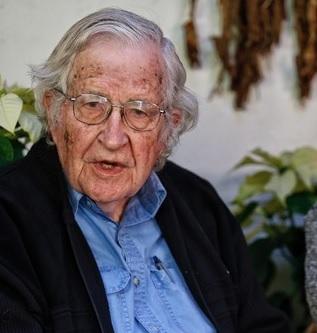 Chomsky visita a Lula y dice que debe ser el próximo presidente de Brasil: