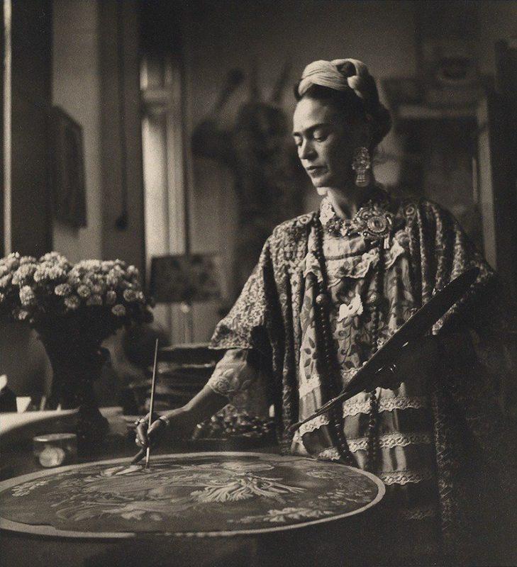 Fotos de Frida Kahlo, hechas por la polaca Kolko, expuestas en Berlín