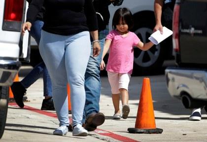 Pierde gobierno de EU la pista de mil 500 niños migrantes, revela The New York Times