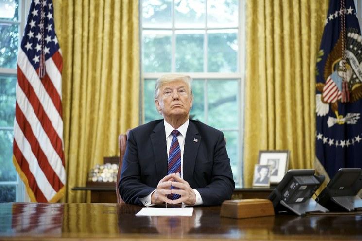 Trump quiere dejar fuera del TLCAN a Canadá y advierte que terminará el tratado si interfiere el Congreso en las negociaciones
