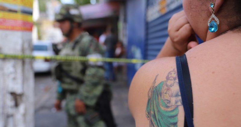 AMLO recibe un país con 80% de alcaldías controladas por narcos, policías ligados a criminales y con 15 cárteles en plena expansión