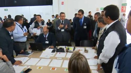 Recuenta ya Tribunal votos de elección de Puebla
