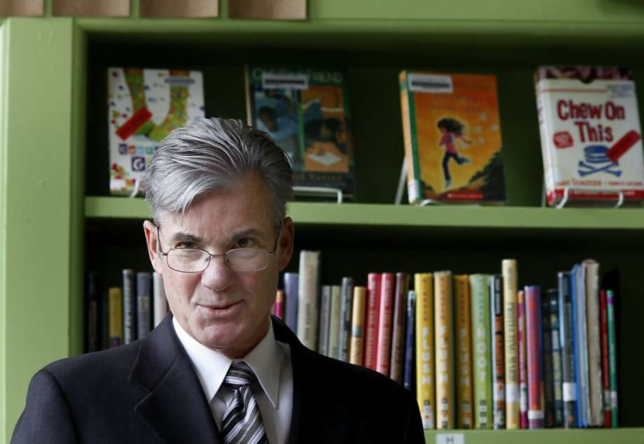 State Schools Chief Tom Torlakson Announces Record Number of Seals of Biliteracy Awarded to California Seniors in 2017–18